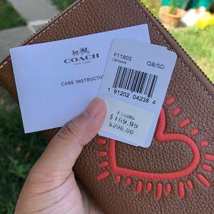 Coach Bags - NWT! Coach wallet.
